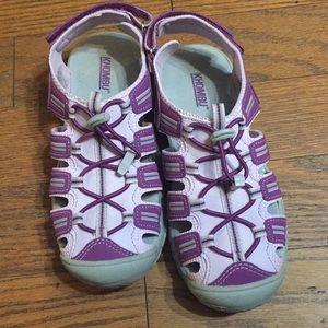 Khombu water shoes